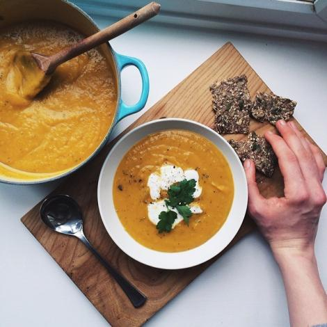 Roasted Garlic and Rosemary Butternut Squash Soup